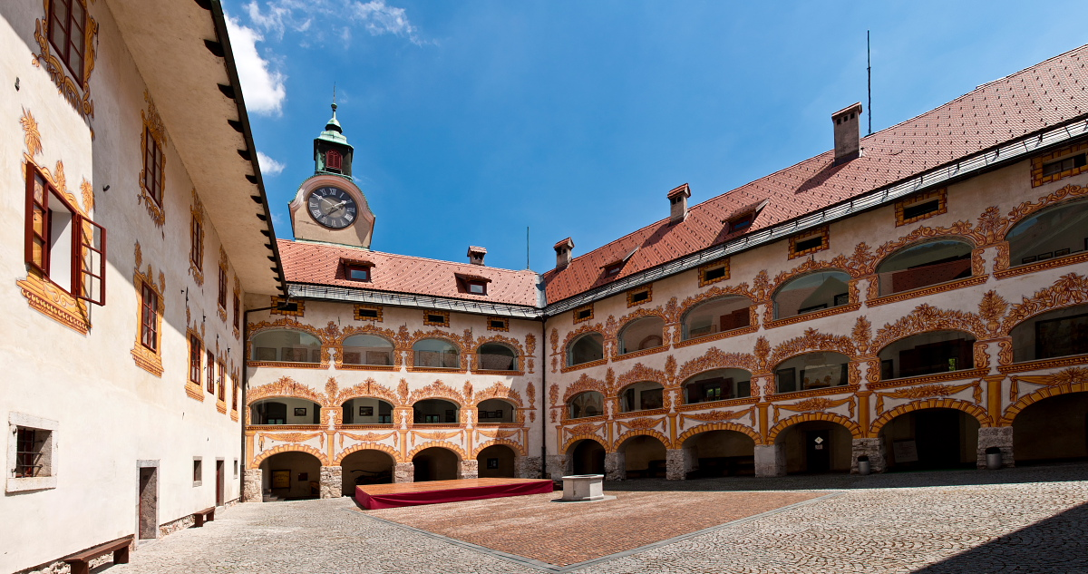 Notranjost gradu Gewerkenegg / Inside the castle Gewerkenegg