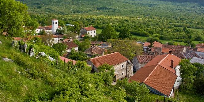 3 - Slavnik (iz vasi Podgorje)
