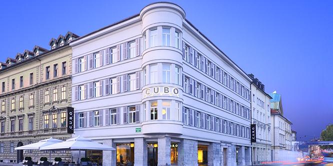 1 - Hotel Cubo