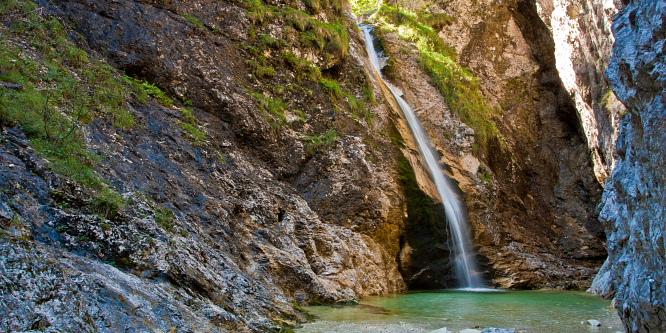 2 - Zapotok Waterfalls