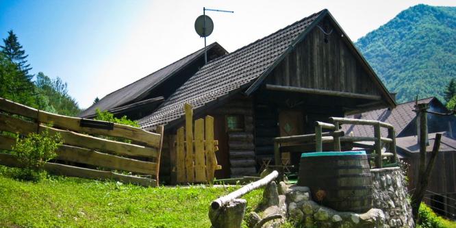 2 - Brunarica Kamniška Bistrica