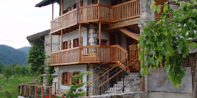 1 - Apartmaji Tonkli