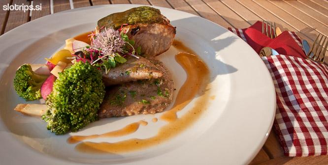 restaurant garden village bled slovenija