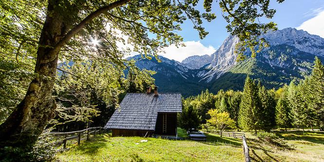 2 - Počitniška hiša v dolini Vrata