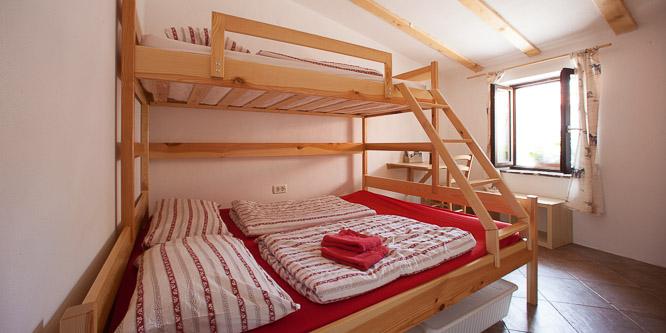 7 - Hostel Xaxid