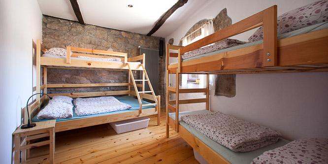 6 - Hostel Xaxid