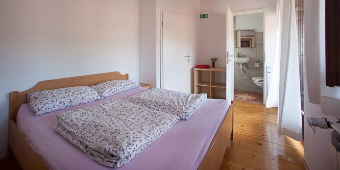 4 - Hostel Xaxid