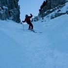 24-Smučanje po žlebu nad planino Suha