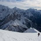 11-Po grebenu nadaljujemo do vrha Male Mojstrovke