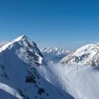 20-Pogled nazaj na Veliki vrh (v Begunjščici) in Stol (desno)