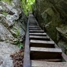 9-Strme stopnice