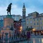 10-Tartinijev trg v Piranu