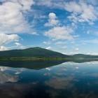 10-Odsev Slivnice v Cerkniškem jezeru