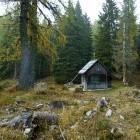 1-Lovska koča pod planino Krstenica