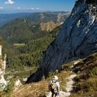 "21-Črna prst - Descent towards ""Za Črno goro"" meadow"