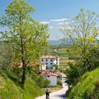 5-Proti hotelu Gredič