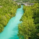 1-Pogled iz cestnega na železniški most v Solkanu
