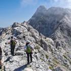 31-Ridge towards Prisojnik summit