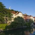 21-Apartmaji Kollmann se nahajajo v središču Ljubljane - bela hiša na sredini