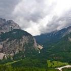 28-Špik - Pogled na dolino Velike Pišnice in prelaz Vršič v ozadju