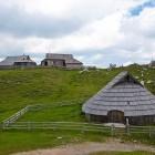 25-Pastirsko naselje na Veliki planini
