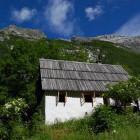 3-Bezgova hišica, Bovec, Bavšica