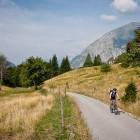 6-S kolesarjenjem nadaljujemo v smeri Planine v Plazeh