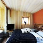 21-House Raduha, sleeping in the luxurious tree house