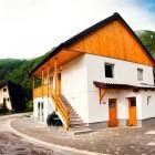 3-Hiša Julian, Bovec (do 12 oseb)