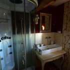18-Samotna počitniška hiša Kozjak, Maribor
