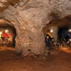 19-S kolesom po podzemlju Pece, Mežica